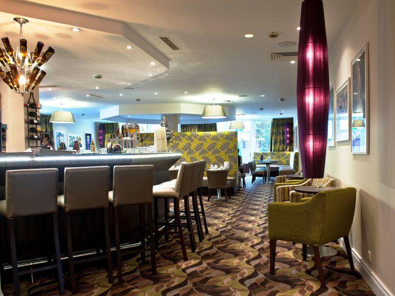 Gresham Carat Hamburg Bar