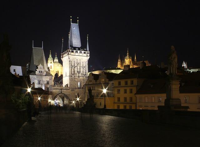Prag Karlsbrücke Künstler