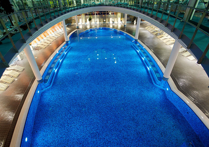 Centrovital Berlin Wellness Schwimmbad