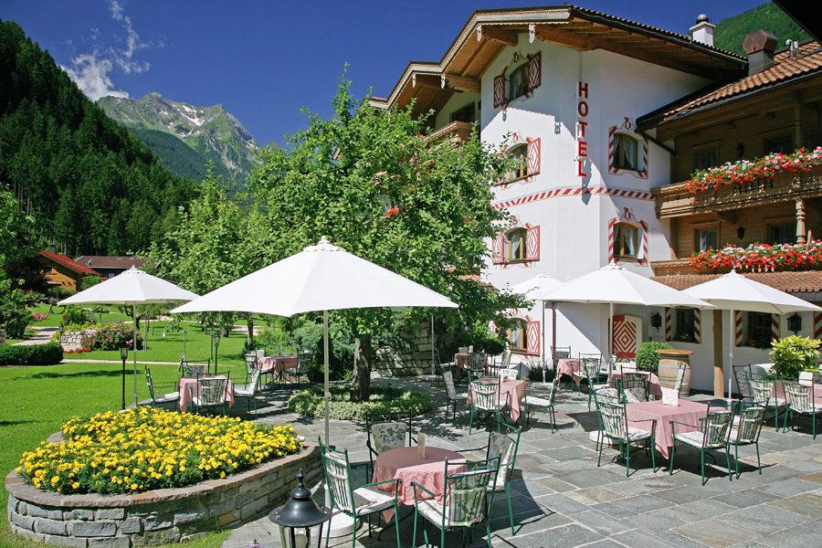 Gutshof Zillertal Mayrhofen Terasse