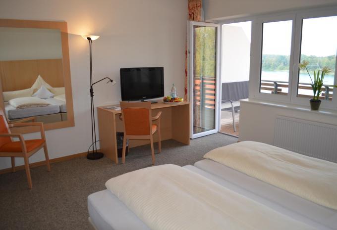 Hotel am Bernsteinsee Zimmer