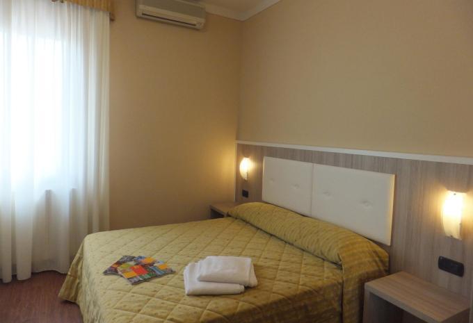 Hotel Gardenia Sirmione Gardasee Doppelzimmer