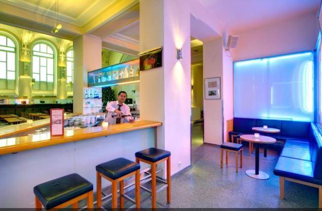 Prag Deal Bar im Hotel Theatrino