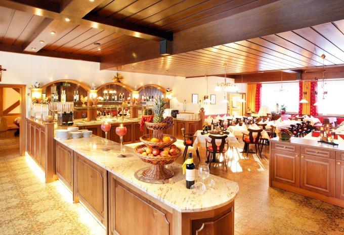 Sporthotel Tirolerhof Restaurant in Itter