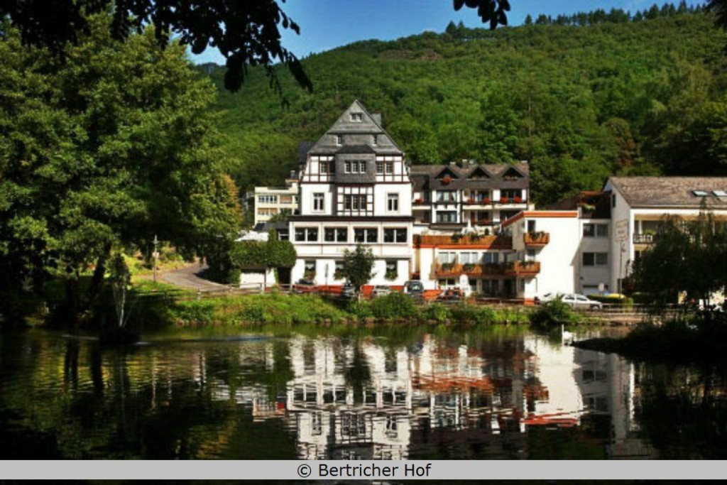 Aussenansicht Bertricher Hof Vulkaneifel Bad Bertrich
