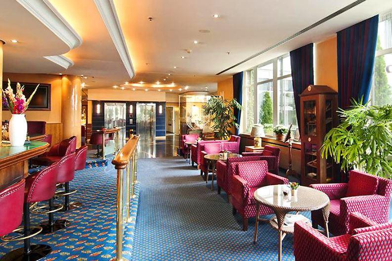 Amedia Plaza Hotel Schwerin Bar Lounge