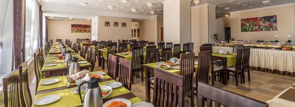 Hotel Interferie Cechsztyn Henkenhagen Restaurant Frühstück