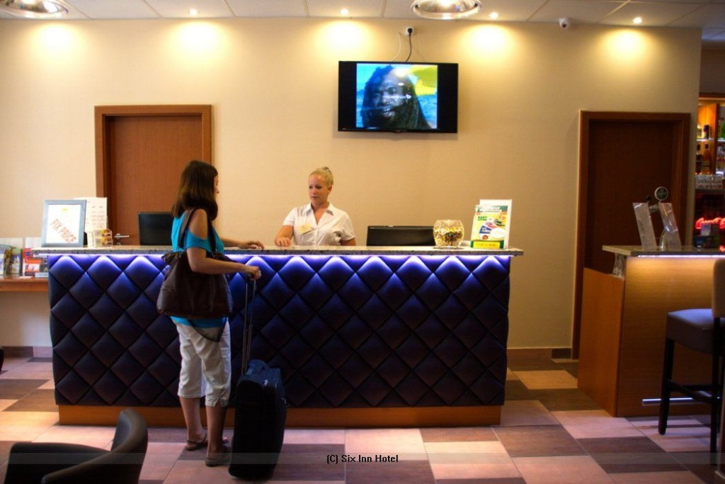 Six Iinn Hotel Budapest Ungarn Empfang