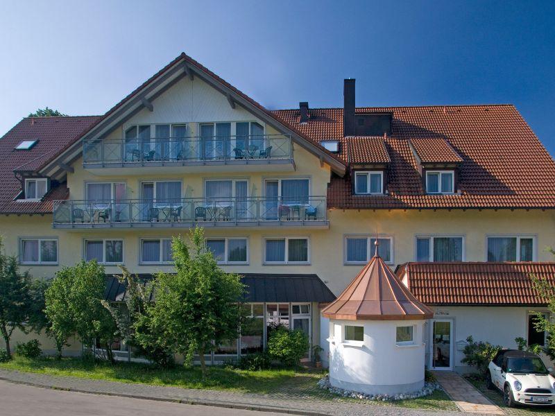 Hotel Gierer Wasserburg Terrasse Aussenansicht