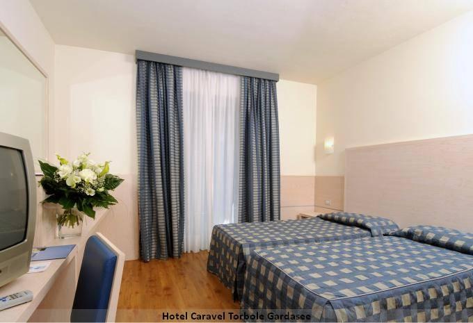 Zimmerbeispiel Hotel Caravel Torbole Gardasee Angebot