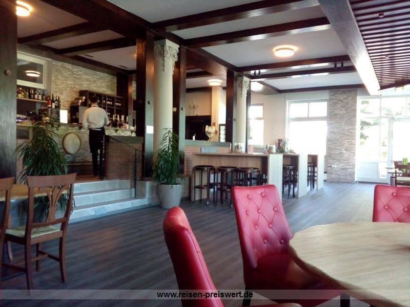 Tavina die Wein und Tapasbar im Hotel Badehof Bad Salzschlirf