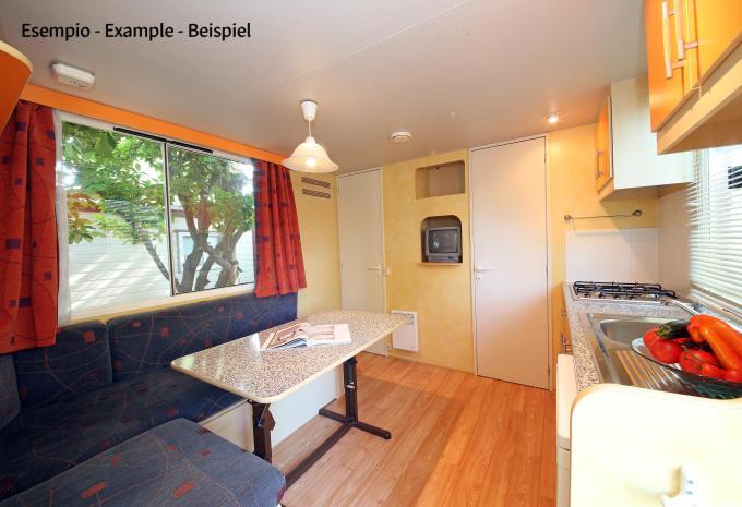 Wohnraum im Mobilheim Camping San Benedetto-Vecchio Mulino