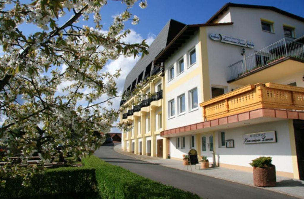 Hotel Zum weissen Lamm Aussenansicht
