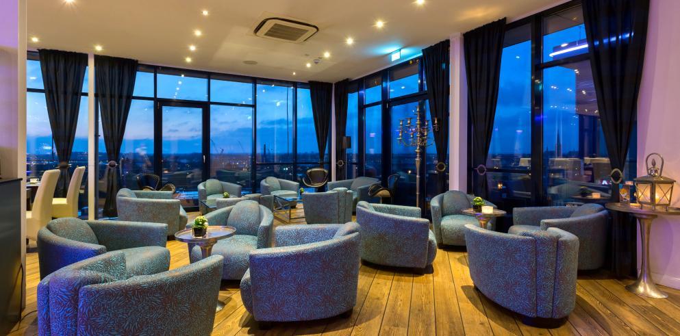 Lounge im Hotel Vier Jahreszeiten