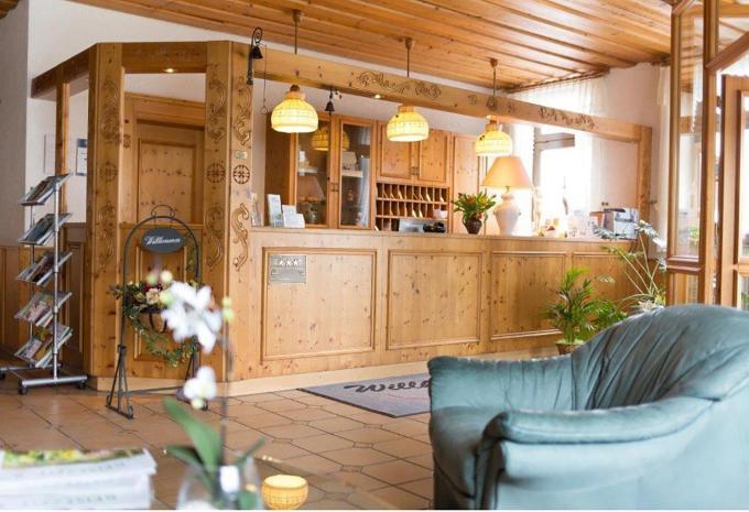 Rezeption und Empfan im Hotel Landgasthof Wemmer