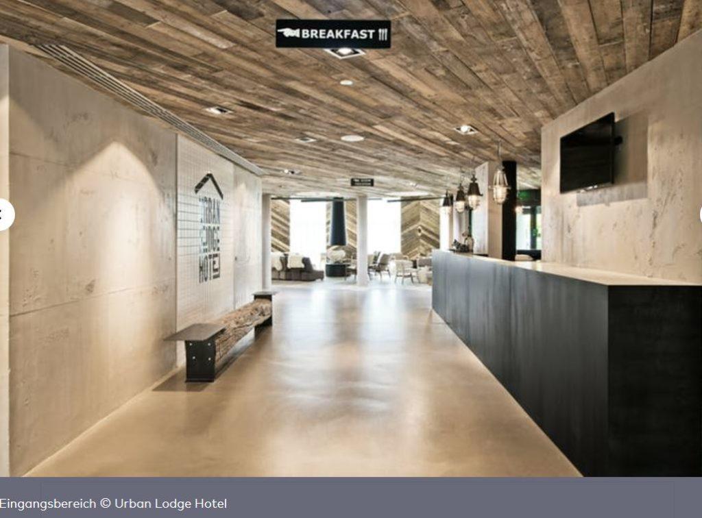 Eingangsbereich des Hotel Urban Lodge Amsterdam