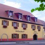Aussenansicht Hotel A La Demi Lune in Issenheim im Elsass