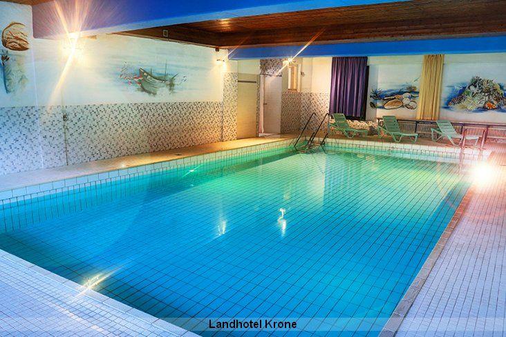 Schwimmbad, Wellness und mehr im Landhotel Krone Deggenhausertal