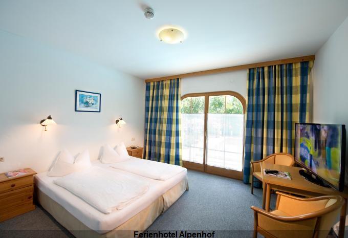 Zimmer im Ferienhotel Alpenhof Aurach bei Kitzbühel