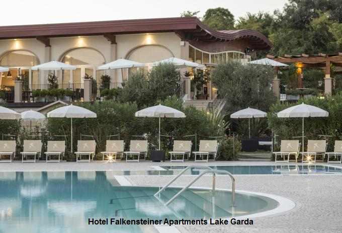 Pool im Hotel Falkensteiner Lake Garda